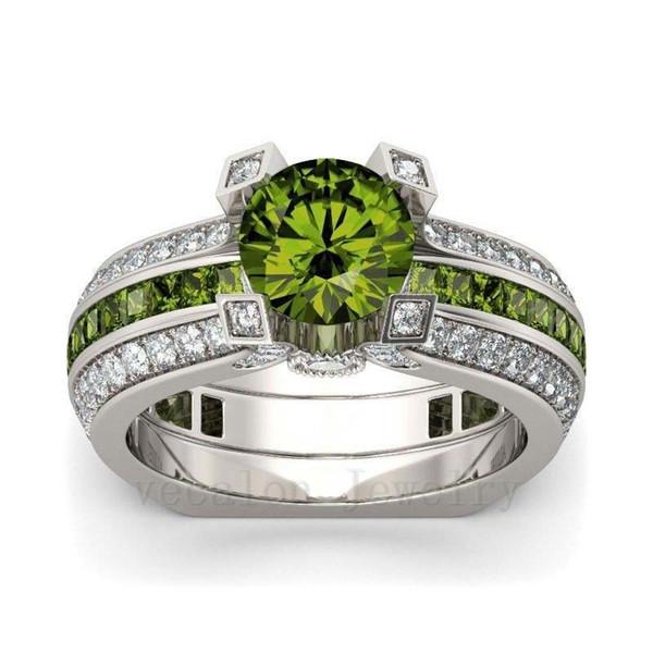 Оливковый зеленый
