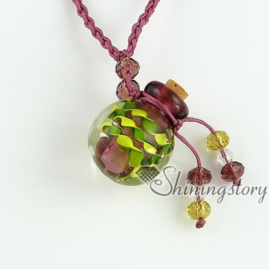 Collar de frasco de vidrio pequeño y vacío colgantes collar viales para cenizas proveedor mayorista cristal de murano italiano con joyas de flores