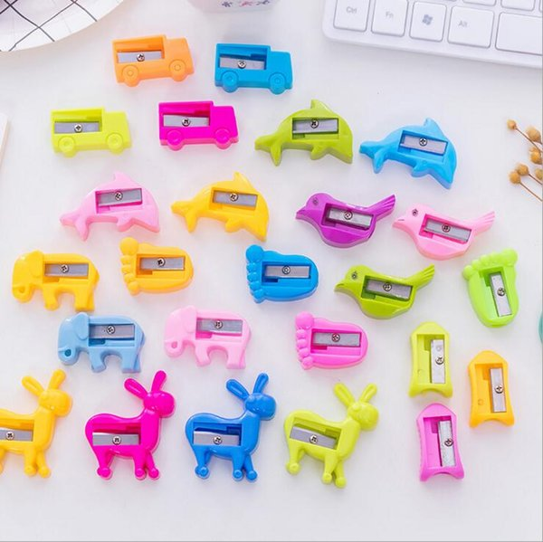 cute creative lovely kawaii cartoons plastic pencil cutter knife pencil sharpeners for children promotional gifts korean stationery