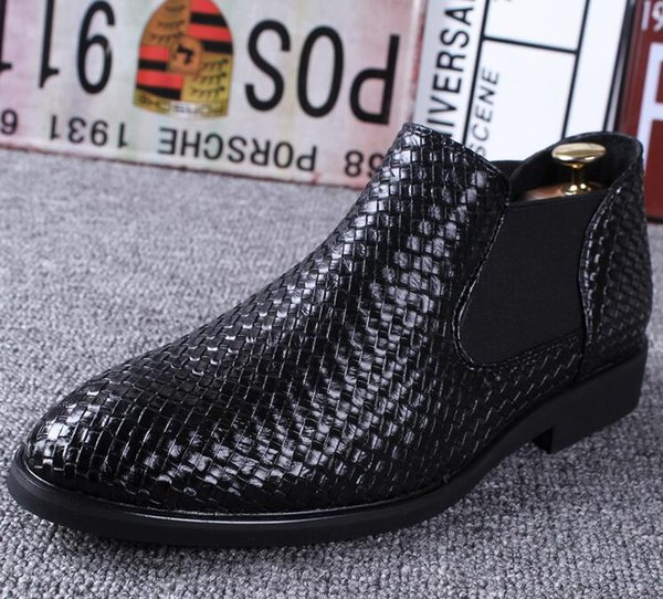 Zapatos de vestir de gama alta de la promoción de ventas 2019 calientes para los zapatos de vestir de los hombres que tejen los zapatos del ocio del negocio Tamaño grande: 38 -43 Envío libre 391