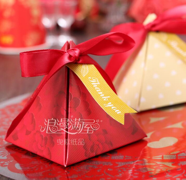 European style romantic red Pearl paper triangle pyramid Wedding box Candy Box gift boxs wedding baby birthday favour boxes THZ151