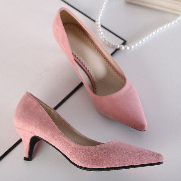 Präzise Damenschuhe spitz Med Heel Flock seichter Mund weibliche Schuhe 4 Farben