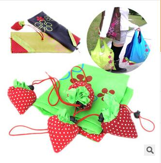 top popular 2016 Nylon Cute Strawberry Shopping Bag Reusable Eco-Friendly Shopping Tote Portable Folding Foldable Bags pouch Go Green OEM 2019