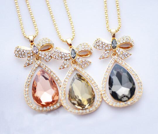 Creative Women Bow Crystal Necklace Ladies Popular Style Pendant Necklace gold Plated Hot Sale Vanilla water drop Necklace