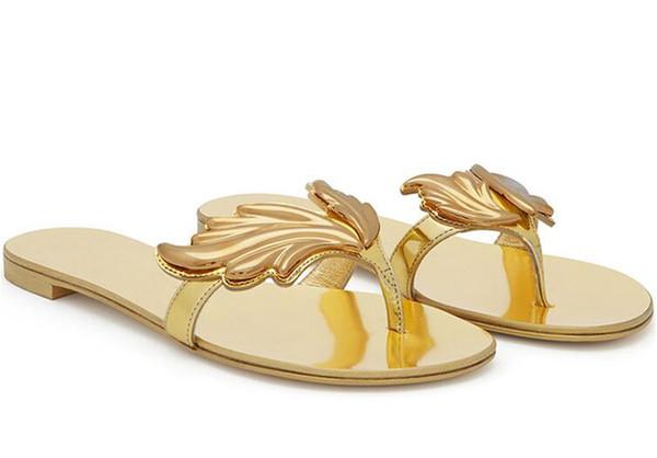 Chaude Été Femmes Pantoufles Chaussures Casual Femme Appartements Feuille Sandales Glisser Sur Chaussures de Plage Flip Flops Or Rouge Nude Argent Taille 36-41