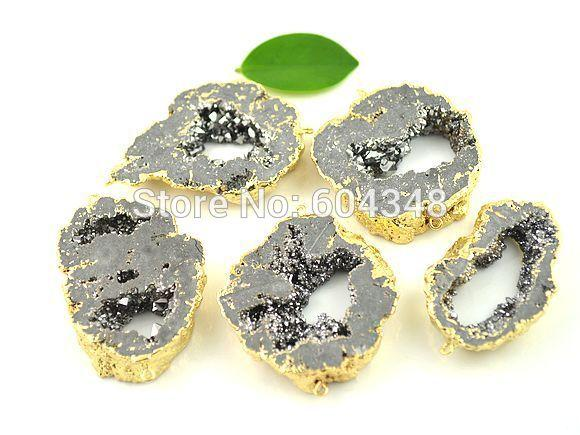 5pcs Geode Druzy Quartz Connector Beads in Grey Color, Crystal Drusy Gem stone Pendant, Gold plated Edge Druzy Connector