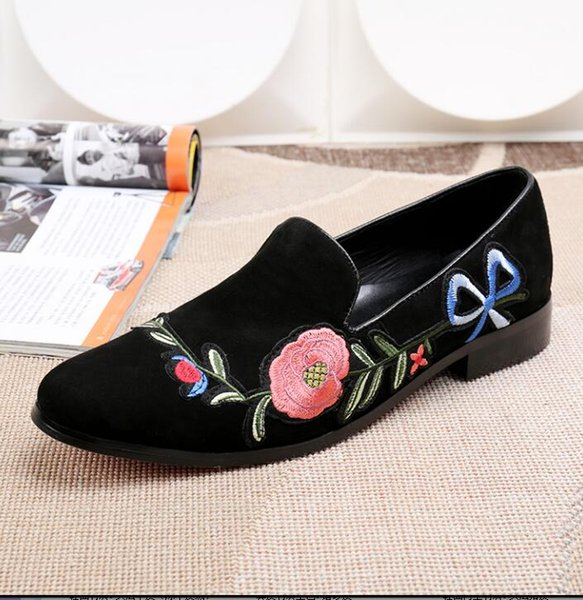 Round head Genuine leather embroidered black men Set foot Casual shoes loafers Big yards The stylist of shoes 38-46 2DNX5
