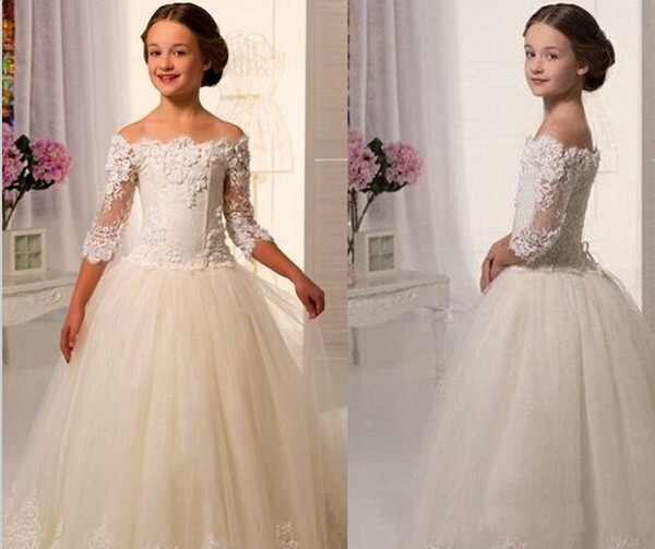 Wholesale - Hot Sale Scoop Lace Applique A Line Full Length Tulle Long Sleeves Flower Girl Dresses For Weddings First Communion Dress Gowns