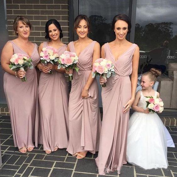 2017 elegante empoeirado rosa vestidos de dama de honra v pescoço até o chão bainha empregada de honra country party vestidos simples barato da dama de honra dress