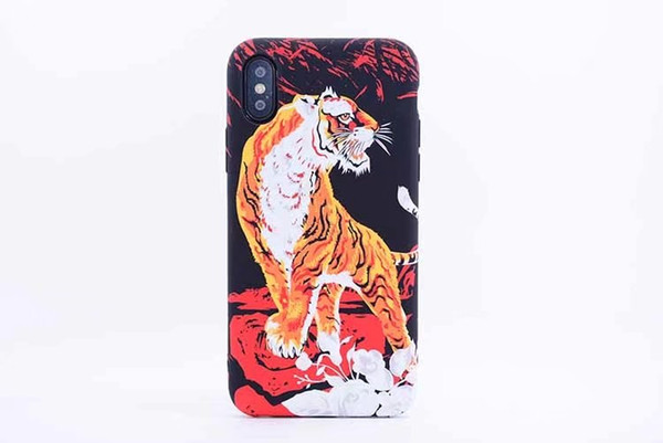 Fashion Animals Lion Wolf Owl Pattern Hard Back Phone Case For iPhone X Glow In The Dark Luminous Forest King Case