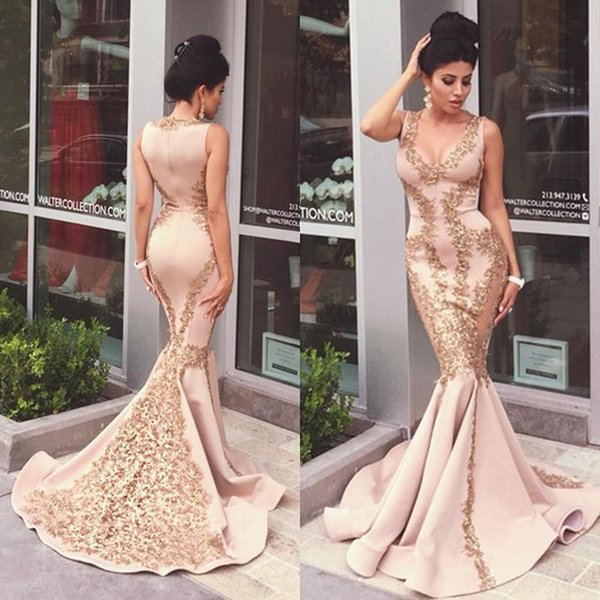 Sexy Arabic Dresses Evening Wear Mermaid Fit and Flare Deep V Neck Sequined Appliques Zipper Up Prom Gowns with Sweep Train