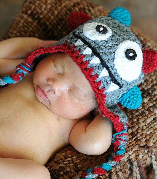 Envío gratis hecho a mano Crochet Monster sombrero hecho punto recién nacido infantil niño pequeño Baby Boys Girls Cartoon Animal Winter Children Beanie Earflaps