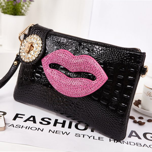 Lovely Lip Clutch Bags Women Removable Strap Shoulder Cross Body Bags with Alligator PU Leather Material