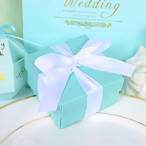 Großhandel-günstige 20 stücke romantische hochzeit favorisiert dekor schmetterling diy tiffany blaue süßigkeiten cookie geschenkboxen hochzeitsfeier pralinenschachtel mit band