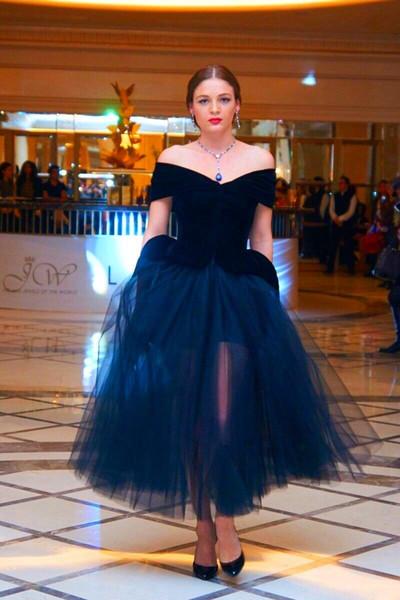 Elegant Arabic Navy Blue Prom Dresses 2019 Off The Shoulder Adult Tutu Dress Tea Length Plus Size Women Formal Occasion Party Evening Gowns Princess