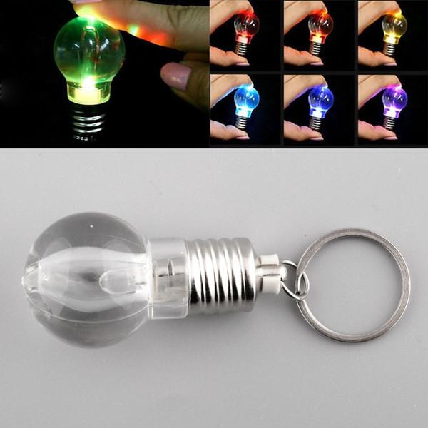 Argento luminoso creativo LED colorato Flash Lights Mini lampadina torcia portachiavi Natale carino portachiavi portachiavi Clear Lamp gratuito