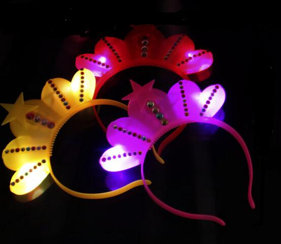 400pcs Free Shipping EMS Wholesale LED Party Decoration King Queen Crown Glow Hairpin Cosplay Cheer Flash Heandband