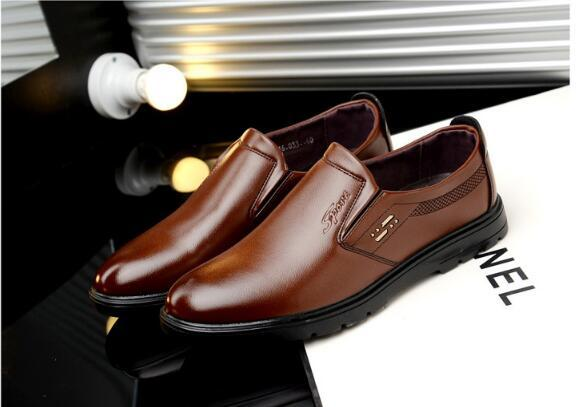 Four seasons new men's business dress shoes lazy sets of feet shoes casual British men's work shoes size:39-44