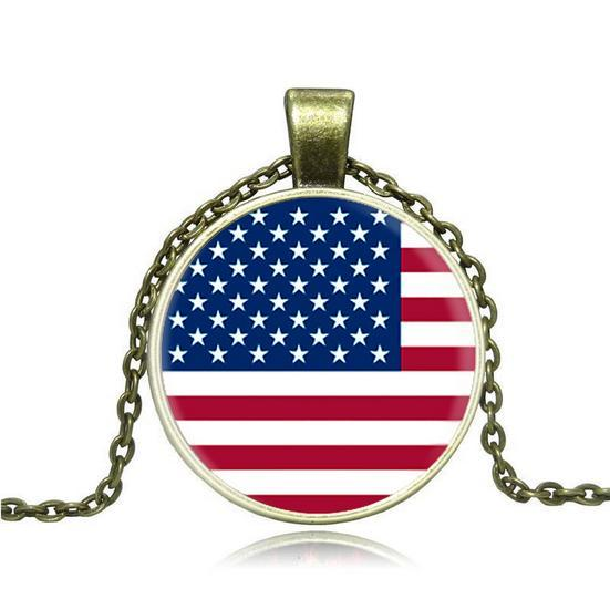 Vintage Style! Unisex, Flag of the United States; Necklace with circle pedant, gold and silver colors, free shipping and high quality.