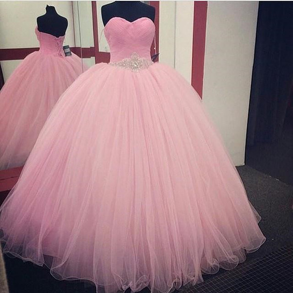 2018 Light Pink Quinceanera Ball Gown Dresses Sweetheart Sash With Beads Crystal Long Ruched Sweet 16 Tulle Party Prom Dress Evening Gown