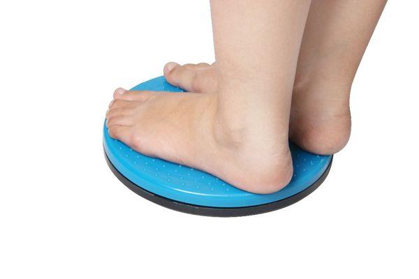 Al por mayor-twister placa de la cintura 24.5 cm de diámetro de plástico magnética torcedura tablero de masaje equipos de fitness para el envío al por mayor y libre