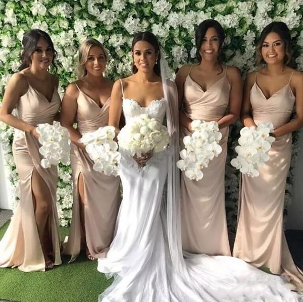 Compre últimas Blush Pink Vestidos Largos Para Dama De Honor 2018 Correas Espaguetis Lado Partido Vestidos De Dama De Honor Sirena Boda Invitado