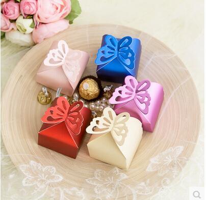 Al por mayor-50 piezas Mariposa Patrón caja de oro del favor, caja de regalo, cajas de dulces del banquete de boda Baby Shower - ENVÍO GRATIS