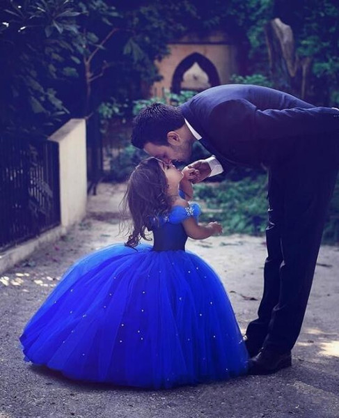New Princess Cinderella Flower Girls Dresses For Weddings 2018 Off Shoulder Ball Gown Blue Girls Pageant Gowns Mother and Daughter Dress