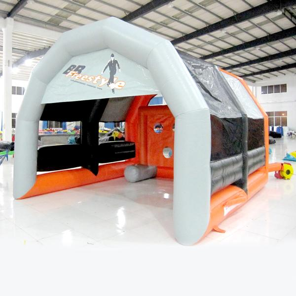 hot sale Interesting Inflatable football shooting game for children inflatable Football game inflatable toy for kids for sale made in China