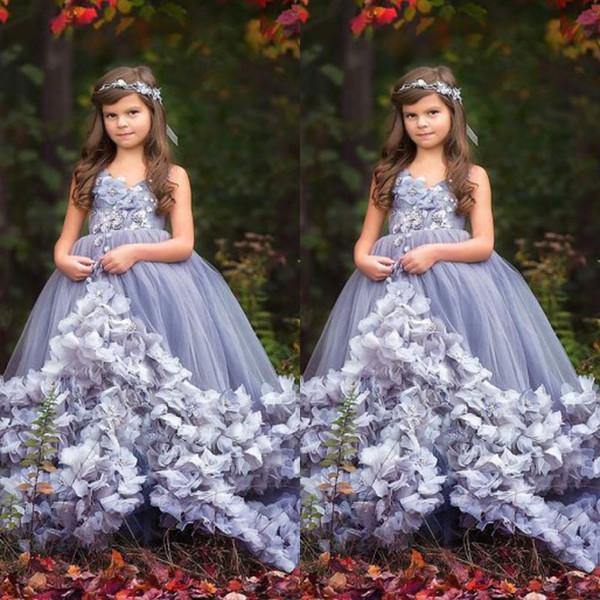 Pretty 2018 Yeni Kız Pageant Elbise El Yapımı Çiçek Kız Elbise Düğün V Boyun Ucuz Çocuklar Için Abiye
