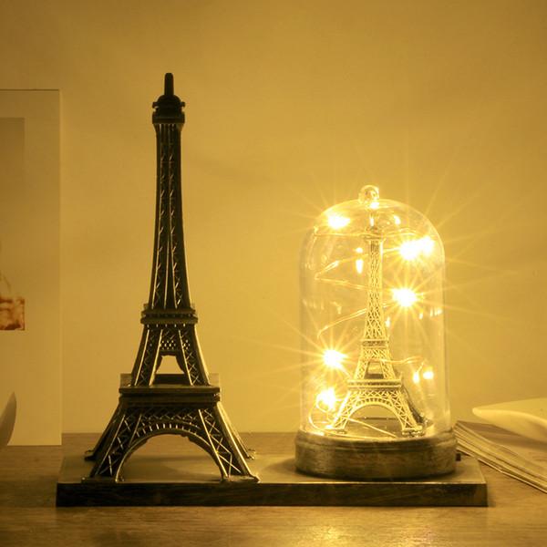 Torre Eiffel de Paris Artesanato com Luz Lembrança Criativa Modelo Mesa Miniaturas Mesa Ornamentos Estatueta Do Vintage Decoração Da Sua Casa