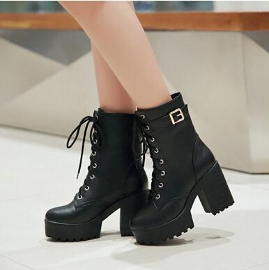 2015 Winter rauhe Zehen Stiefel mit tiefem Boden Damenstiefel Lace Up Martin Stiefel retro britische Gezeiten Ankle-Boots