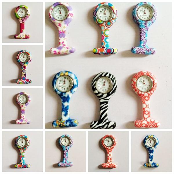 50pcs bunte Kinderdoktor-Krankenschwester-Uhren mit Pin Fob-Taschenuhren-Blumen- / Punkt-Entwurfs-Mischungs-Auftrag
