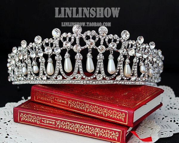 Hot 2016 Luxury Crystals Pearl Wedding Bridal Accessories European Bridal Crowns For Wedding Shining Bridal Tiara High Qulality Real Image
