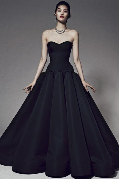 Unique Black Strapless Wedding Dress A Line Floor Length Evening Dress vestido de festa longo Elegant Prom Gowns Formal Occasion Dress