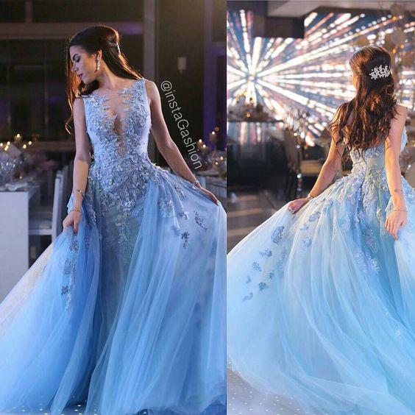 Sky Blue 3D Floral Frozen Over Skirt Prom Dresses Dubai Arabic Style Luxury Handmade Flower Dresses Party Evening Wear Ziad Nakad
