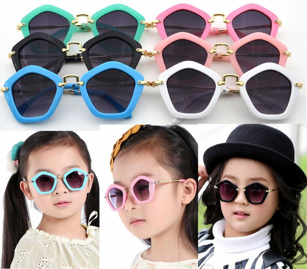 Großhandel 6 Farben Kinder Pengaton Sonnenbrille UV400 Designer Sommer Neuankömmling Sonnenbrille Jugendliche Mode Rahmen Kinder Sonnenbrille Brillen