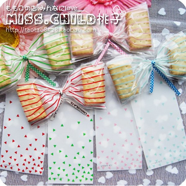 100 unids / lote 6 * 12 + 3 cm rayas verticales Triangular estilo OPP bolsas de embalaje de regalo Autoadhesiva bolsa de dulces y galletas B079 $ 18 sin seguimiento