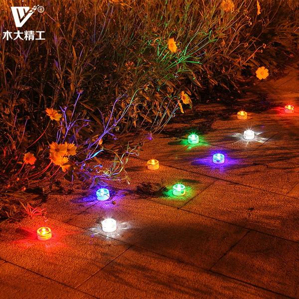Luci sepolte solari Impermeabile pavimento esterno del pavimento piastrella cortile giardino lampada da giardino, piccola famiglia intorno alla lampada