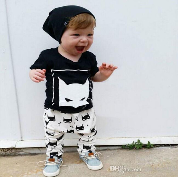 baby boys suit kids brand tracksuits boys Batman short sleeve head T-shirt+pants 2 sets free shipping hot sale new fashion spring autumn.