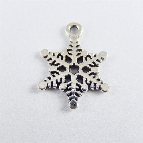 40PCS Antique Silver Copper Snowflake Pendant Charms Jewelry Finding 20*15*1mm 50008 jewelry making