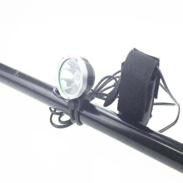 [2 piles incluses] Hotest 2000 lumens C-XM-L T6 Vélo Vélo Lumière LED Lumière Lampe de poche 8.4V 6400 mAh Chargeur