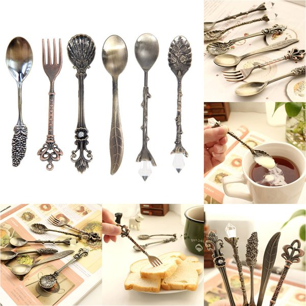 6PCS/Set Vintage Royal Style Metal Carved Mini Coffee Spoons and Fork Kitchen Accessories fruit prikkers dessert fork order<$18no track