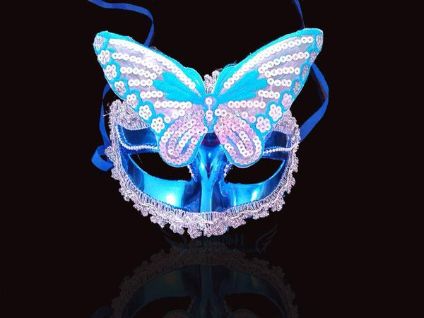 Christmas props wholesale luminous mask Halloween masquerade feather masks Venetian mask painted luminous beauty princess mask dance party