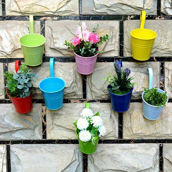 Vasi da patio 8 pz / lotto Vasi da fiori sospesi Vasi da giardino Balcone Fioriere Secchio di ferro in metallo Porta fiori con gancio rimovibile