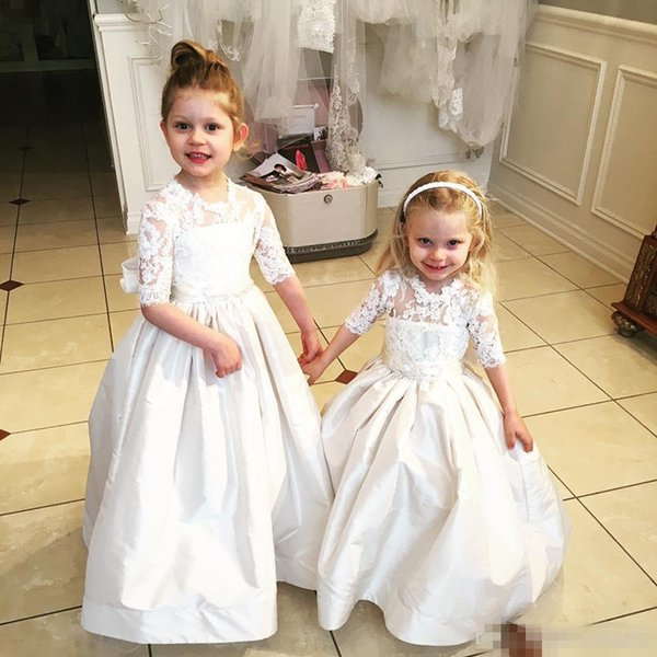 Vintage Flower Girl Dresses For Country Wedding Dresses 2016 High Neck Half Long Sleeves Lace Big Bow Little Cupcake Birthday Communion Gown