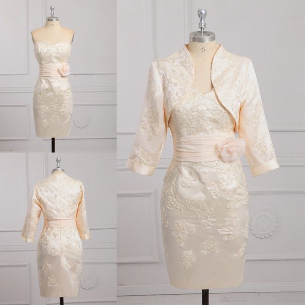 Elegant Champagne Short Plus size Mother of the Bride Groom Dresses Sheath With Jacket Applique Flowers Ruched Cheap Prom Evening Gowns
