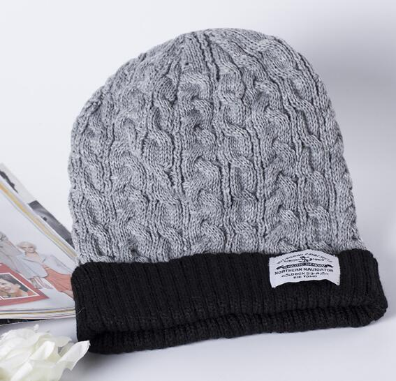 Christmas gift 2016 Winter hat new patch label fashion for men and women warm winter hat hot knit wool cap