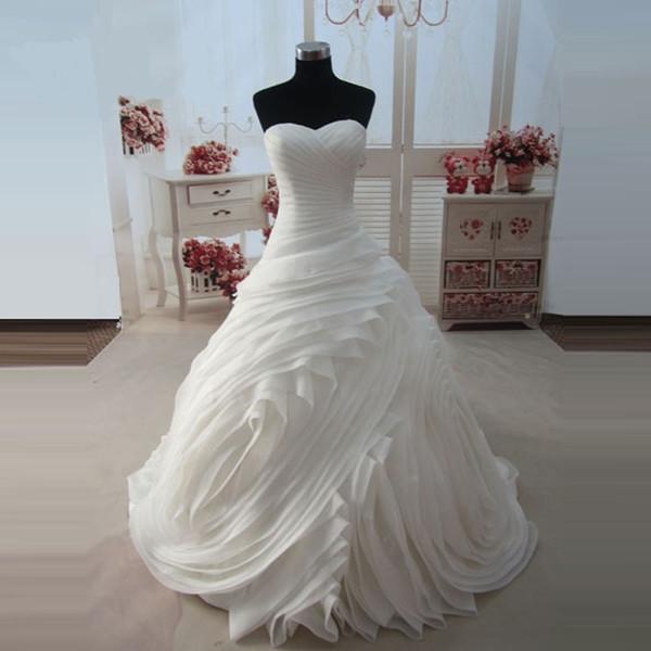 Foto reali di stile reale Principessa Wedding dell'innamorato Treno della corte Organza dell'avorio d'avorio Nuovo arrivo
