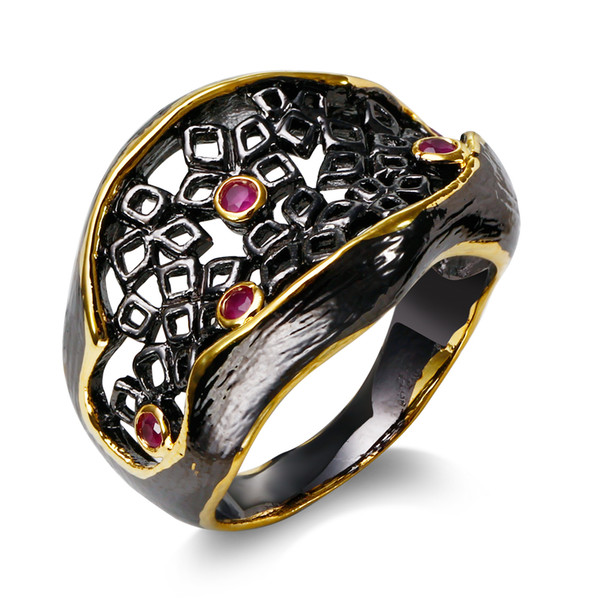 OL Lady Trendy Hole Ring placcato da color oro nero Impostazione con pietre rosse rubino CZ Fashion Anello decorativo di alta qualità